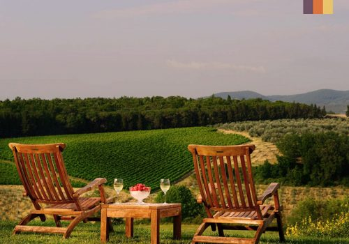 Lounge set in the middle of the landscape of Tuscany