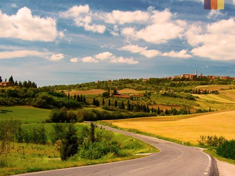 Traffic free roads in Tuscany