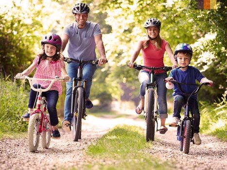 Family on a cycling trip
