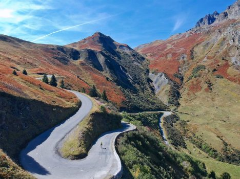 Cycling the Col du Glandon, The Greatest Cycling Climbs – Col du Glandon