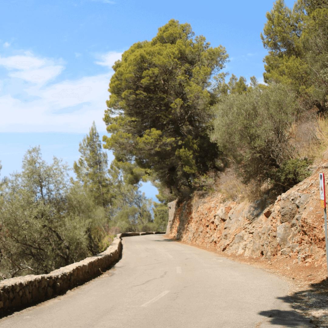 The winding road cycling Port de Valldemossa to Valldemossa